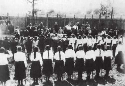 Присяга пластунок на пластовому святі у Львові, 1925