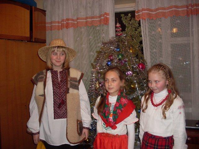 Різдвяні пластові вертепи та щедрування: Вінниця – Ужгород