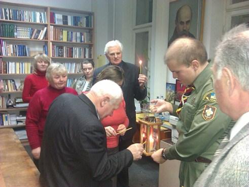 Про Вифлеємський Вогонь Миру в Києві