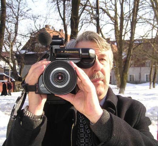 Омелян Коляджин, режисер. Відзначення 65-ліття Карпатської України, Хуст, 2004,
