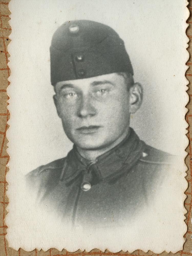 Василь Белей в угорській армії, 1944 рік