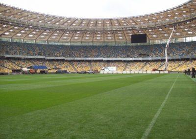 Пластуни та Скаути Києва грають у футбол, НСК Олімпійський, 2.20.2011