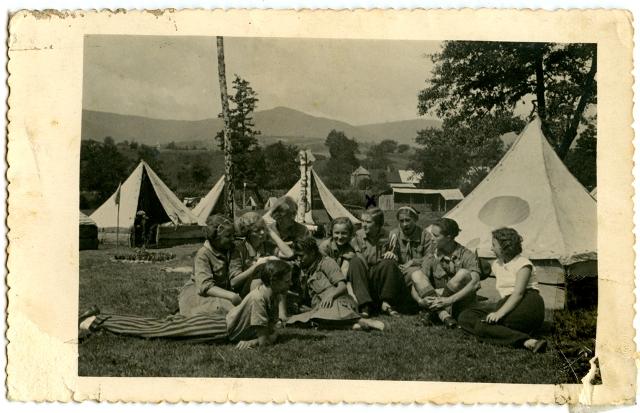 Пластовий табір в с. Солочин, 1934