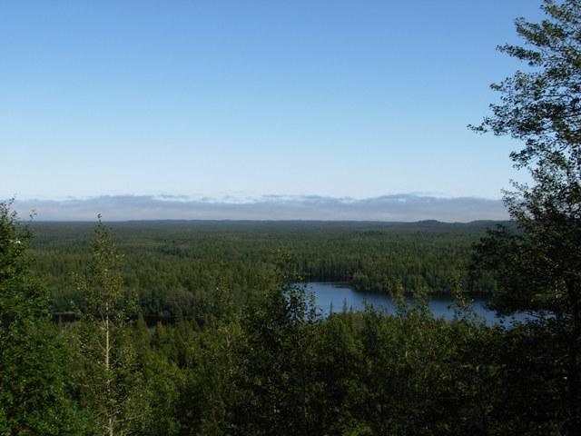 Вид з Секірної гори — останнє, що бачило у своєму житті багато в'язнів. 2009 р.