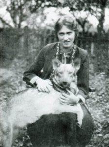 Володимира Крушельницька, 1930.