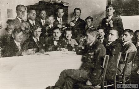 Історичні пластові фото на сайті ЦДВР