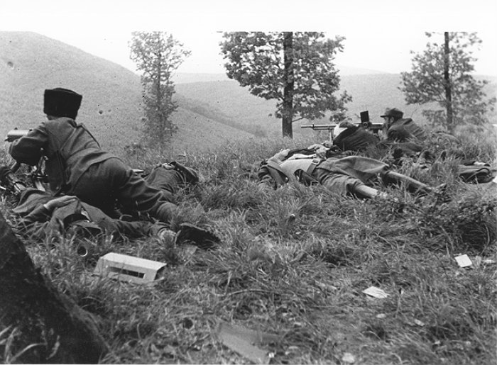 Реконструкція. Вояки Карпатської січі на позиціях