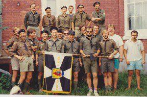 Борис Люшняк - другий праворуч в першому ряді, Рада Ордену Хрестоносців, фото з архіву куреня ОХ