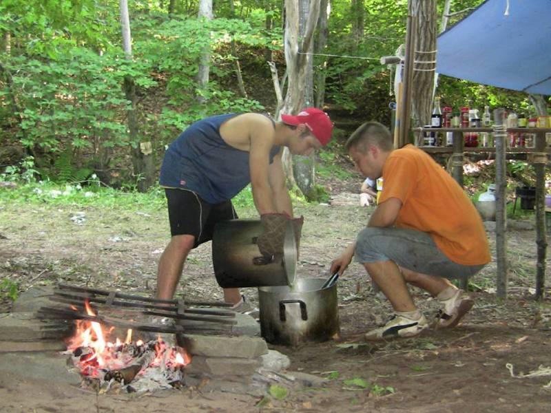 Лісова Школа ч. 52, Гантер, США. На кухні