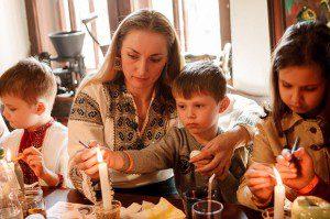 Пластуни проведи майстер-клас з писанкарства в Ужгороді