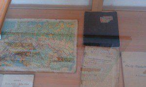 Стара карта та учнівський зошит