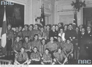 Норвезькі скаути у посольстві своєї країни в Варшаві, липень 1938-го