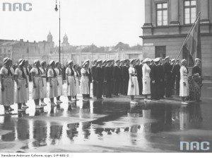 Загін шведських водних скауток біля Могили невідомого вояка у Варшаві, 12 червня 1936-го
