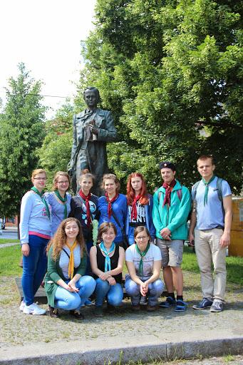 Пластуни біля пам`ятника Т. Г. Шевченку у Празі