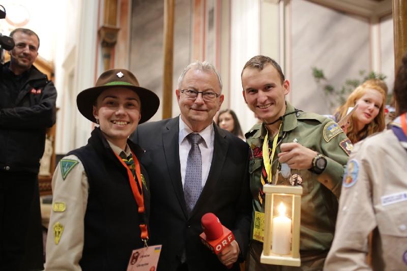 Офіційна передача Вифлеємського Вогню 2014, Відень, Австрія