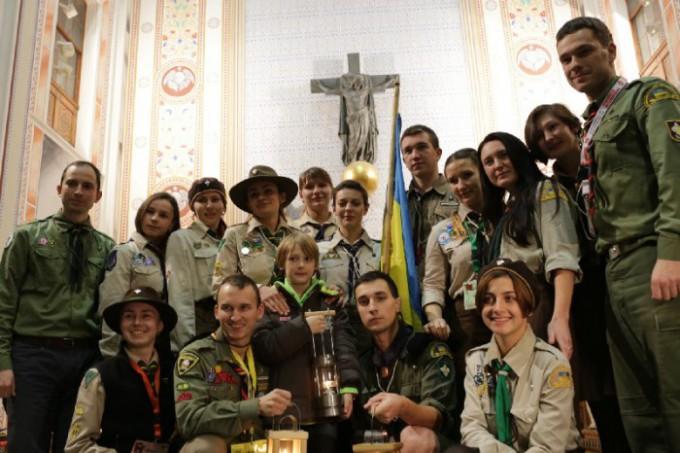 Міжнародна акція Вифлеємського Вогню Миру 2014 (огляд)