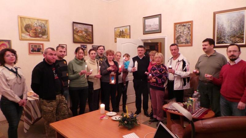 Передача Вифлеємського Вогню українцям Угорщини, Будапешт, 23 грудня 2014