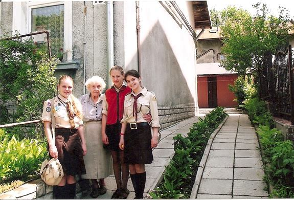 Пластуни Станиці Лвьів відвідали Євгенію Головацьку