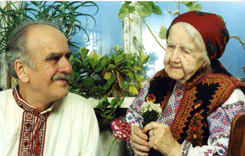 Ігор Попович з мамою Наталею Юрчинською-Попович