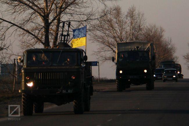 Українські війська виходять з Криму. Фото: Віктор Гурняк, Insider