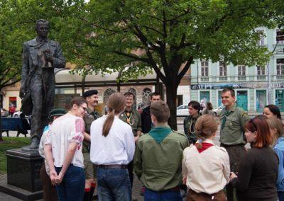 Флеш-моб біля пам`ятника Т. Шевченка у Празі, читаємо поезію Кобзаря