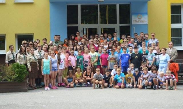 Спільне фото учасників табору Карпати 2015