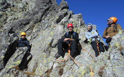 Пластуни підкорили найвищу вершину Карпат