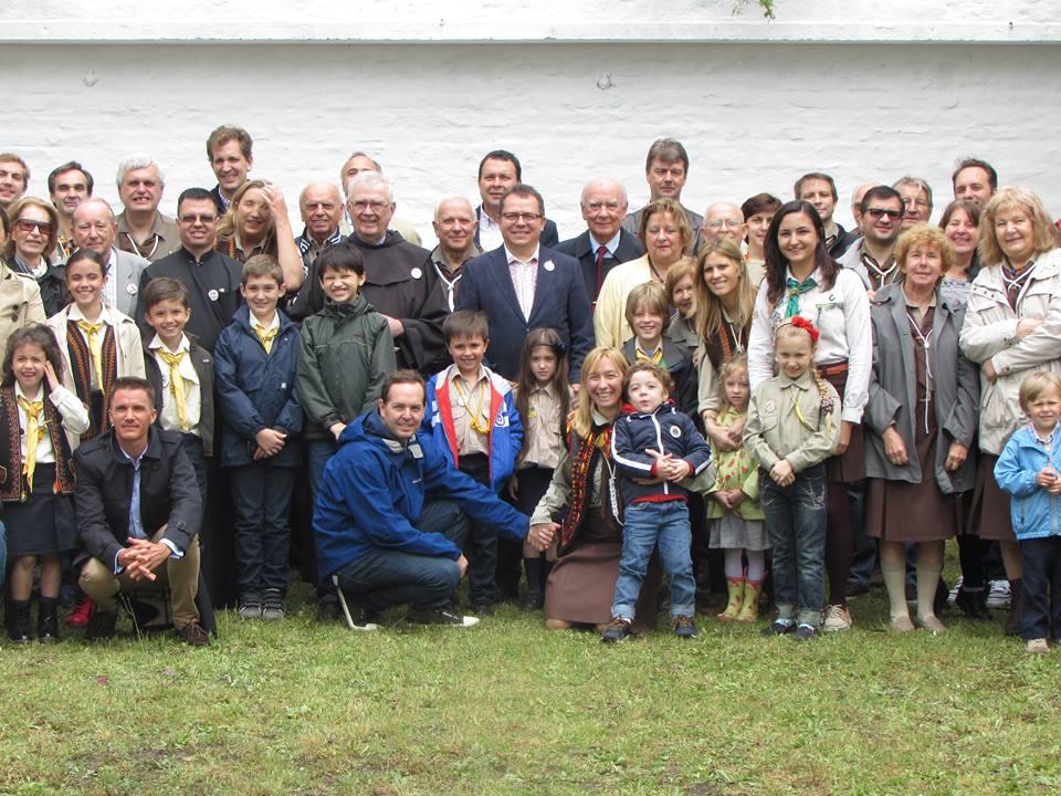 Дружня поміч арґентинцям: пластовий дім в Аргентині