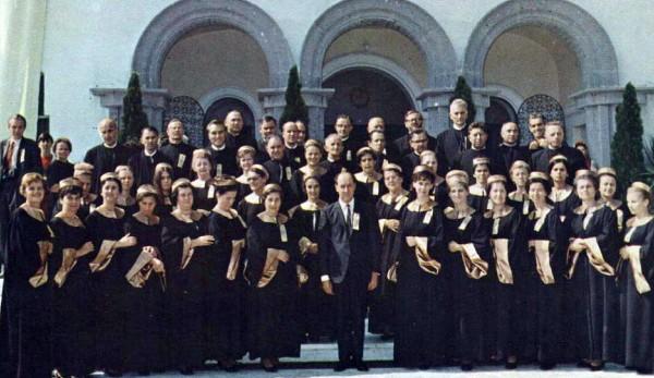 Мішаний хор церкви Св. Миколая під керівництвом Івана Коваліва