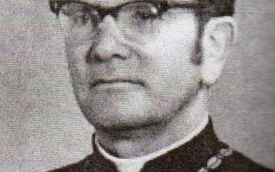 Дурбак Роман, священик, поет