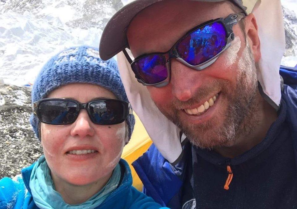 Пластунка Оксана Літинська здійснила успішне сходження на Еверест