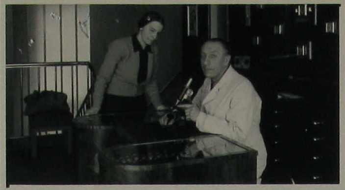 Олександр Тисовський з дружиною Іриною. Відень, 1950 (arolsen-archives.org)