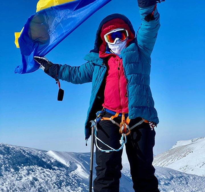 Оксана Літинська, пластунка, що зійшла на найвищу гору Антарктиди (відео)