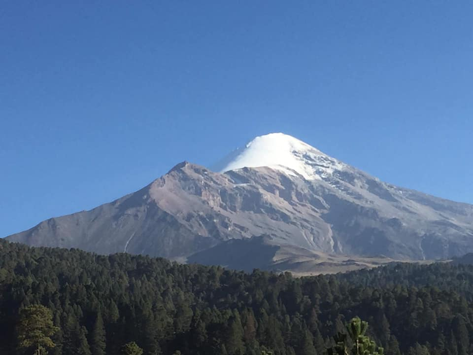 Пластун Ігор Карабін, ВБ, зайшов на найвищу вершину Мексики - вулкан Орісаба