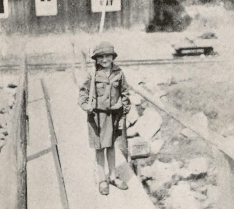 Софійка Клепачівська. Фото – Юліан Дорош, 1929 рік, Підлюте.