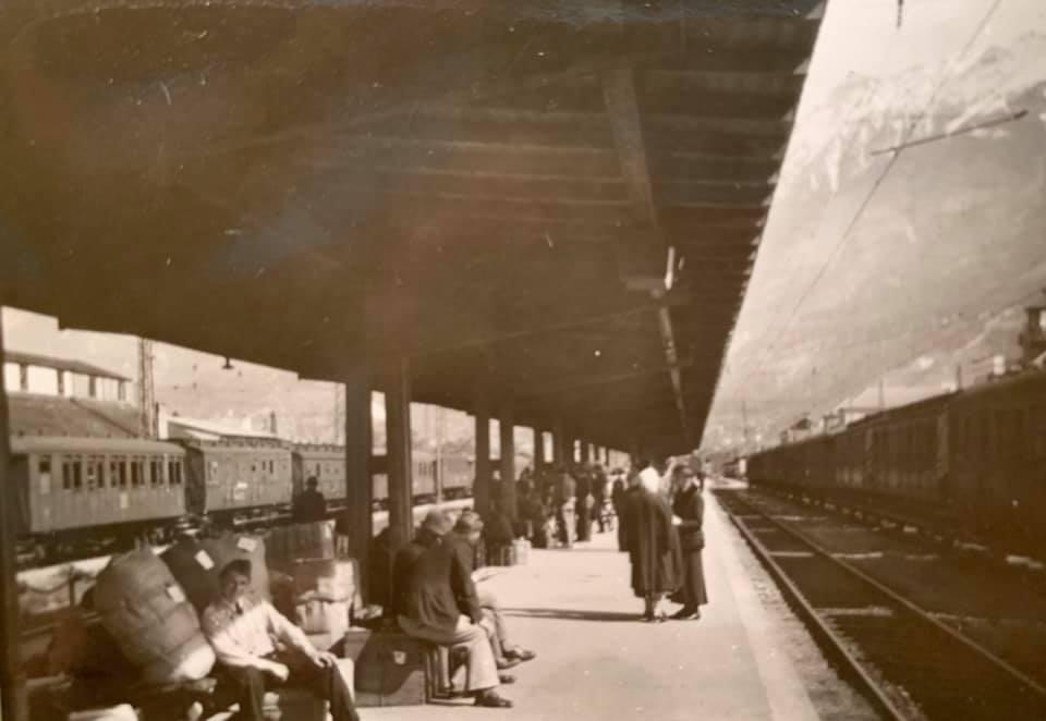 Залізнична станція