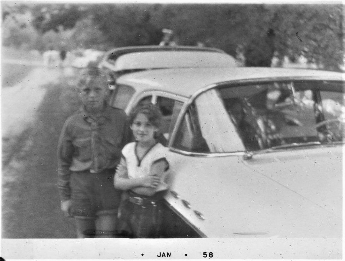 """Фото з оселі """"Вовча тропа"""", пізні 1950-ті, 1960-ті роки"""