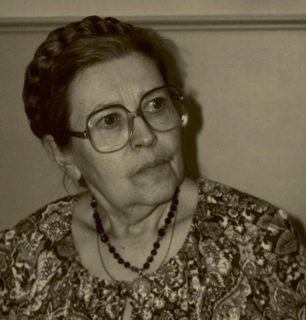 Леся Храплива – біолог, поетка, редактор і педагог