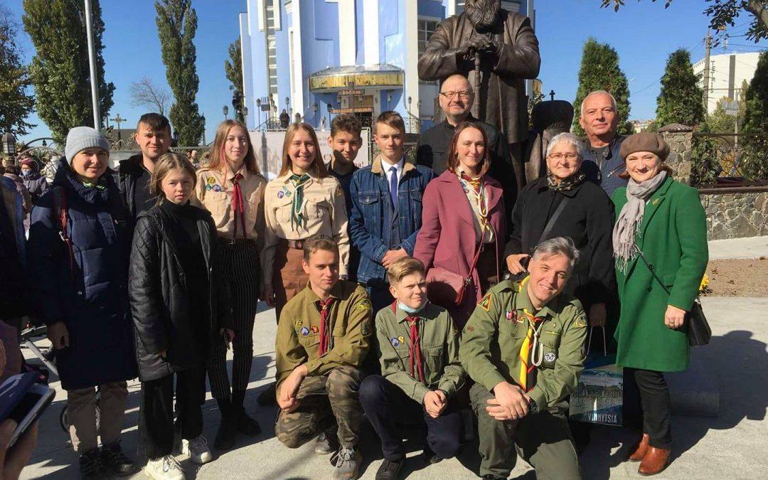 У Вінниці відкрито пам'ятник Любомиру Гузару